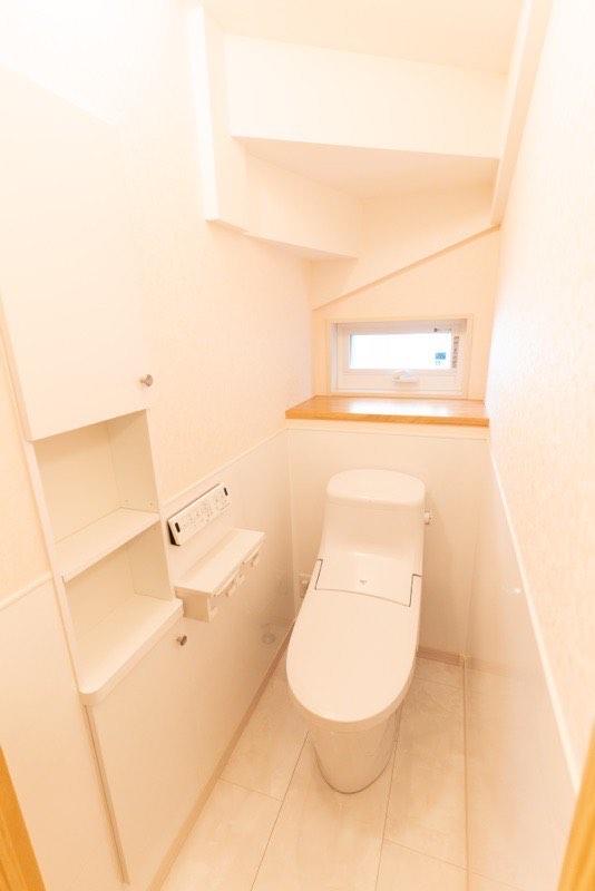 1階トイレの壁紙